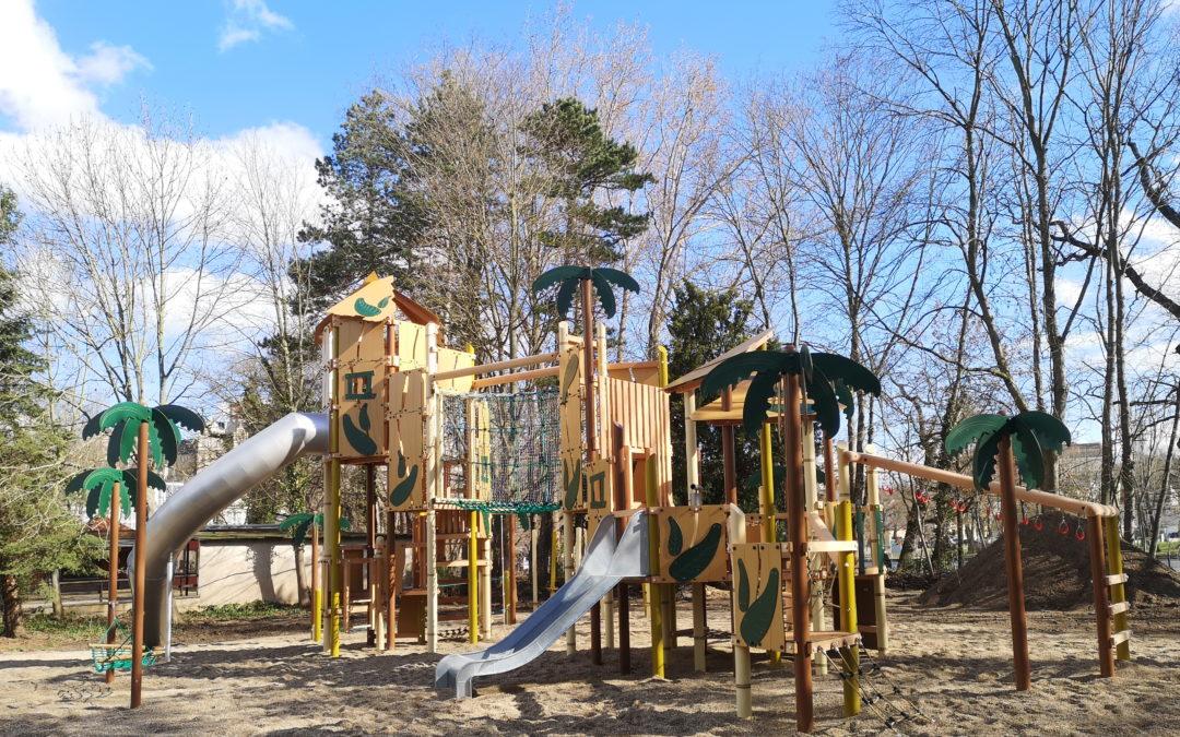 Der neue Dschungel-Spielplatz ist fertig!